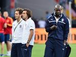 Balotelli e Pirlo antes do início da partida. Jogadores são destaque da Itália na Eurocopa