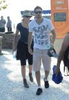 Sharon Stone o filho Quinn e o namorado Martin Mica  na Praia de Laranjeiras, Bal.Camboriú.