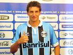 Elano disse que jogar com o número 7, histórico no Grêmio, é uma honra