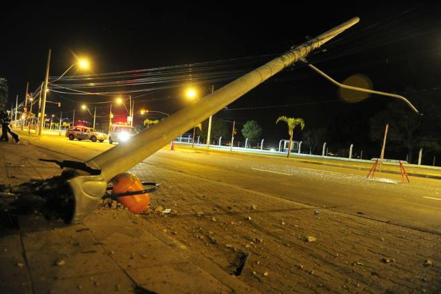 Três pessoas ficam feridas em acidentes na Capital Tadeu Vilani/Agencia RBS