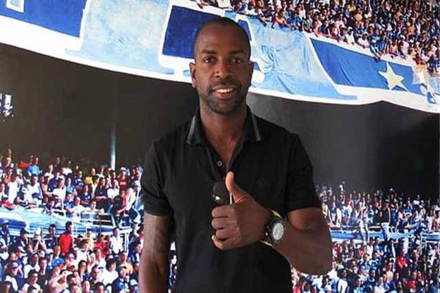 Sandro Silva está em Belo Horizonte para assinar contrato com o Cruzeiro Divulgação, Cruzeiro/