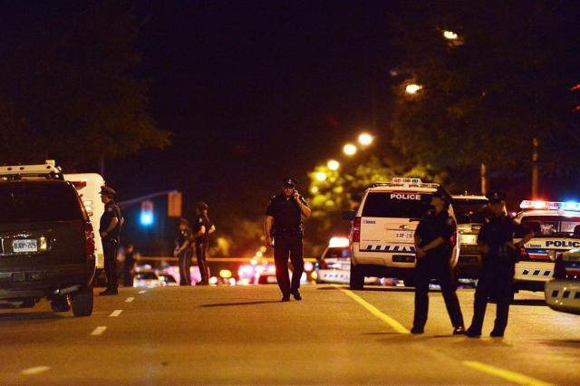 Tiroteio em festa mata duas pessoas e fere outras 19 em Toronto, no Canadá Aaron Vincent Elkaim/AP Photo/The Canadian Press