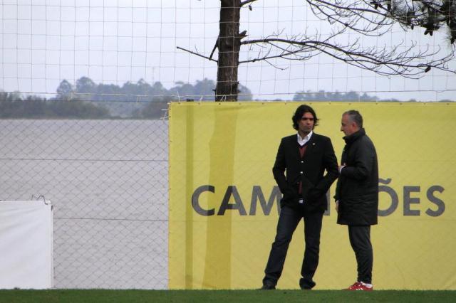 Em tom de resignação, Dorival diz que Inter tem de buscar alternativas à venda de Oscar Alexandre Ernst/Agência RBS