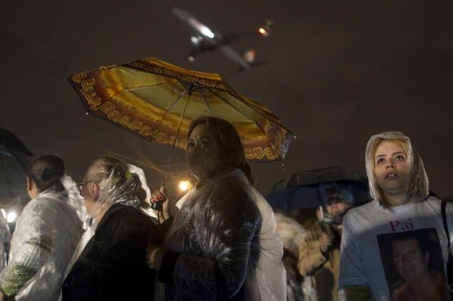 Praça Memorial 17 de Julho é inaugurada em homenagem às vítimas do voo 3054 André Penner/AP