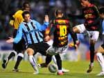 O Sport jogou com uma retranca incrível, praticamente o time inteiro para trás, o que dificultou a vida do Tricolor no primeiro tempo principalmente