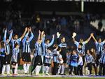 Luxemburgo começou o time com: Marcelo Grohe; Tony, Vilson, Gilberto Silva e Pará; Fernando, Souza, Elano e Zé Roberto; Kleber e Marcelo Moreno