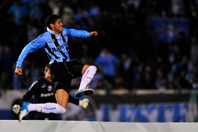 Sem Kleber, Grêmio aposta na velocidade de Leandro no ataque Diego Vara/