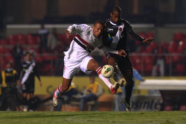 Vasco bate o São Paulo no Morumbi e segue na cola do líder Idário Café, Vipcomm/