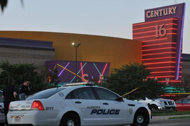 Tiroteio em cinema dos Estados Unidos deixa 12 mortos e 50 feridos Thomas Cooper/Getty Images/AFP