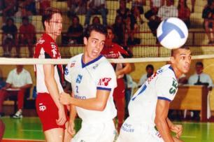 Dentinho é o novo reforço da Apav/Canoas para a Superliga Ver Descrição/Agencia RBS