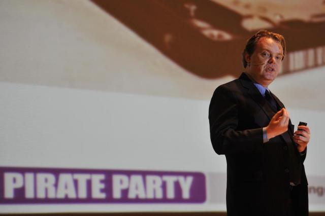 Fundador do Partido Pirata vê Brasil como líder na defesa da liberdade na internet  Emílio Pedroso/Agencia RBS
