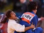 Sarah Menezes na luta contra a chinesa Wu Shugen