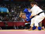 A judoca na luta contra a belga Charline Van Snick