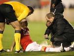 D'Alessandro voltou a sentir lesão muscular e foi substituído ainda no primeiro