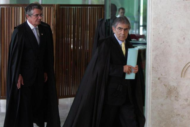 Voto de Ayres Britto encerra a análise do primeiro de sete itens do mensalão Carlos Humberto/Divulgação
