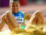 No início das competições de atletismo, Keila Costa participou do salto triplo