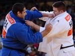 Brasileiro Rafael Silva venceu o húngaro Barna Bor na repescagem do judô na categoria acima de 100kg