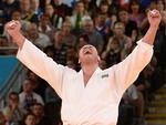 Rafael Silva conquistou medalha de bronze na categoria acima de 100kg no judô. Foi a quinta medalha do Brasil em Londres, a quarta na modalidade
