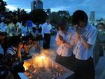 Japoneses fizeram orações em parque criado para homenagear as vítimas