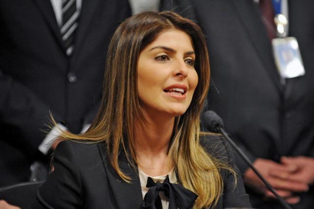 """""""Vou usar meu direito constitucional de permanecer em silêncio"""", diz Andressa Alexandra Martins/Agência Câmara"""
