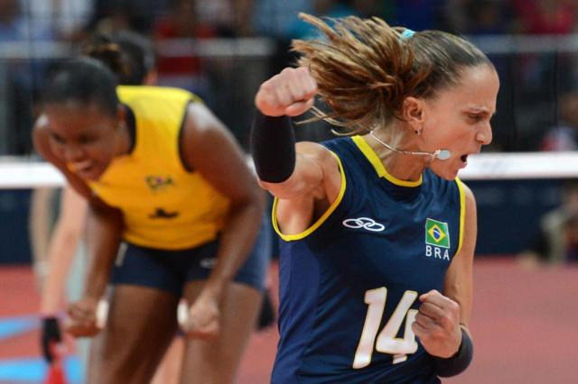 Seleção feminina vence Rússia e consegue vaga nas semifinais da Olimpíada KIRILL KUDRYAVTSEV/AFP