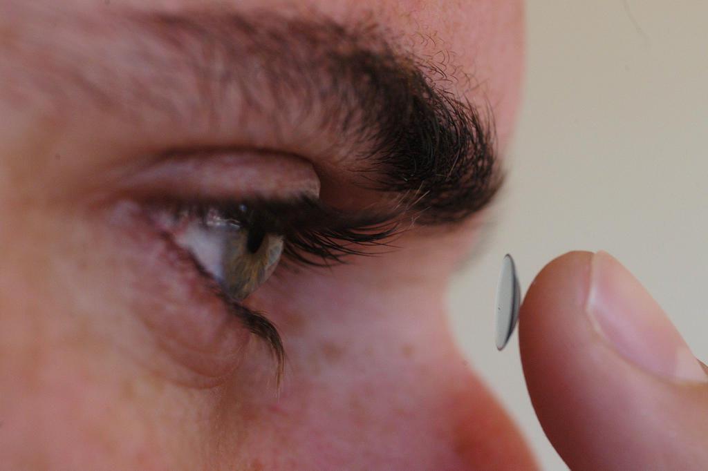 Durante cirurgia, médicos descobrem 27 lentes nos olhos de paciente Daniel Conzi/Agencia RBS