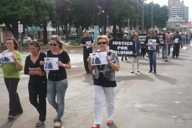 Familiares e amigos de agricultor morto pela BM protestam em Erechim Ronaldo Manica/Especial