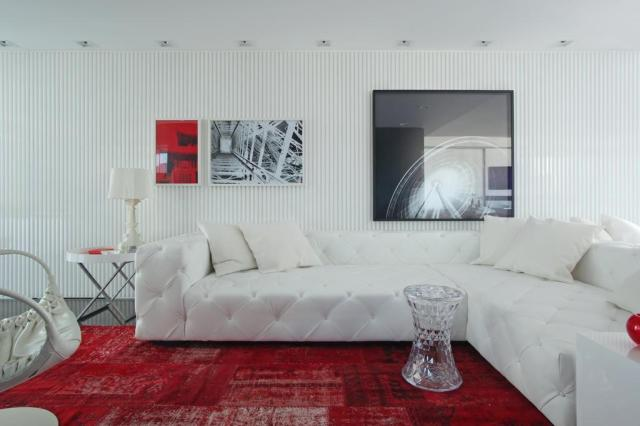 Projeto transforma antigo apartamento a partir de um conceito mais cosmopolita Raphael Briest/Divulgação
