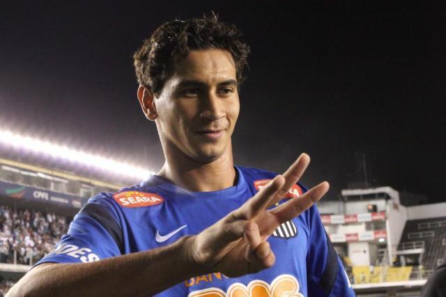 """""""Não tem nada acertado"""", afirma Paulo Odone sobre negociação com Ganso Bruno Giufrida/Divulgação Santos FC"""