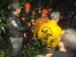Equipe comemora resgate dos três homens
