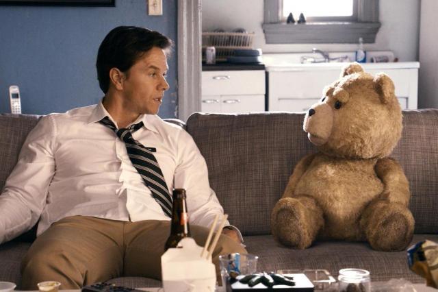 Deputado quer proibir 'Ted', filme que mostra ursinho viciado Divulgação/Divulgação