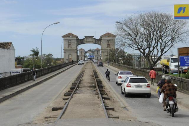 Free shops trazem esperanças e riscos na fronteira Nauro Júnior/Agencia RBS