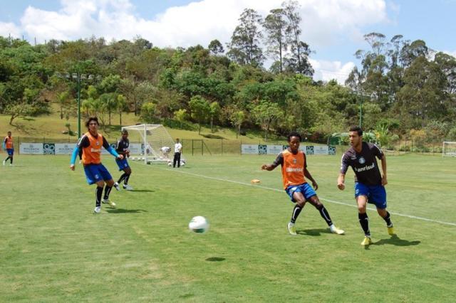 Grêmio parte para Belo Horizonte, terceira etapa de uma viagem de 12 dias  Bruno Junqueira,Divulgação/TXT Assessoria