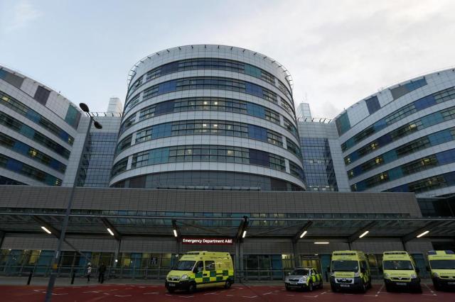 Cidade britânica vive agitação pelo caso da jovem Malala Alastair Grant/AP