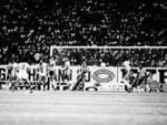 1983 | Moção realizada pela TV Gaúcha, em comemoração aos seus 20 anos, promoveu um jogo histórico em 19 de janeiro. O público escalou as seleções que entraram em campo. Os técnicos foram: Daltro Menezes pela seleção gaúcha e Paulo César Carpeggiani, pela seleção brasileira