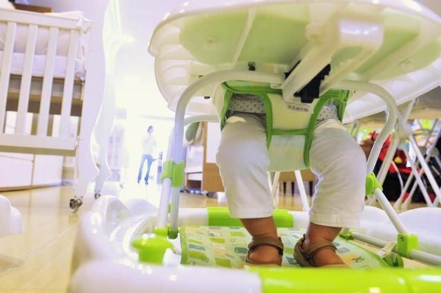 Justiça proíbe a venda de andadores de bebê em todo o país Andréa Graiz/Agencia RBS