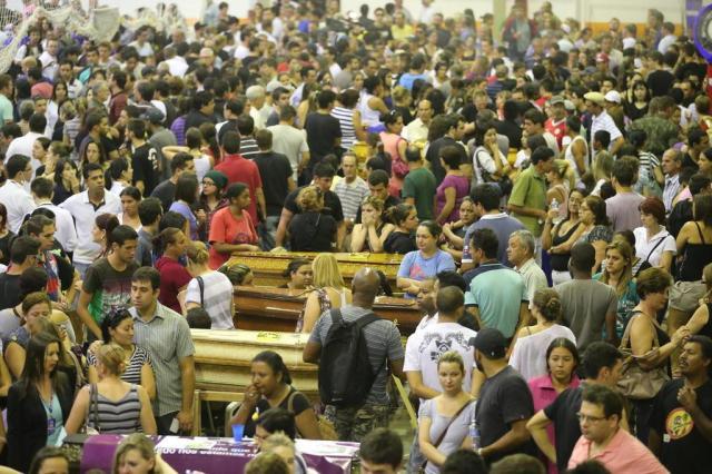 Cerca de 50 vítimas devem ser sepultadas no Cemitério Municipal de Santa Maria nesta segunda Emerson Souza/Agencia RBS