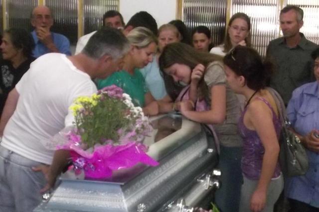 Jovens de São Gabriel são velados na manhã desta segunda-feira Márcio Vaqueiro/Especial