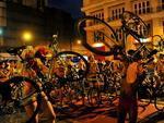 Ciclistas seguiram até o Largo Glênio Perez, onde fizeram uma manifestação na frente da Prefeitura Municipal