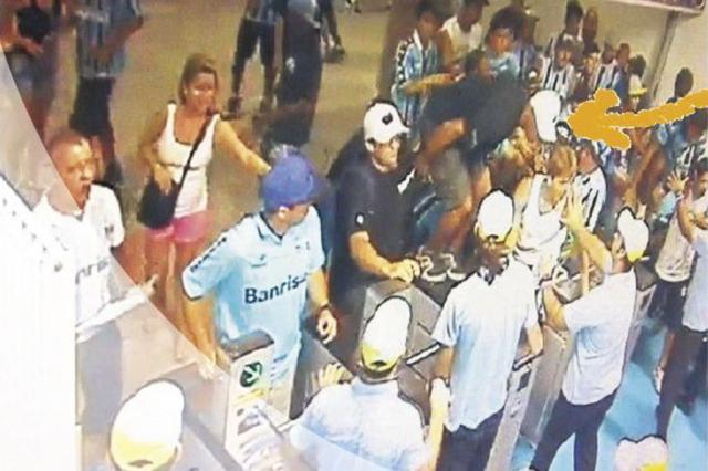 O pula-catraca: como o infrator invadiu a Arena em jogo da Libertadores Reprodução/