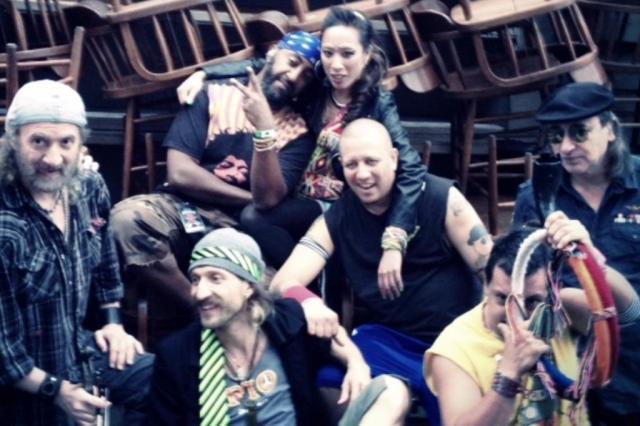 Integrantes do Gogol Bordello processam cantor por desviar dinheiro da banda RICARDO DALLAL/Divulgação