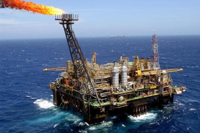 Petrobras bate recorde na produção de petróleo do pré-sal e no refino de óleo em março Ver Descrição/Ver Descrição