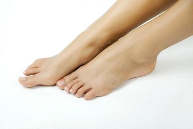 Esporão calcâneo pode ser a causa de dores nos pés Inmagine Free/Divulgação