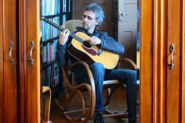Vitor Ramil apresenta novo álbum e songbook em Porto Alegre e Pelotas Marcel Ávila/Especial