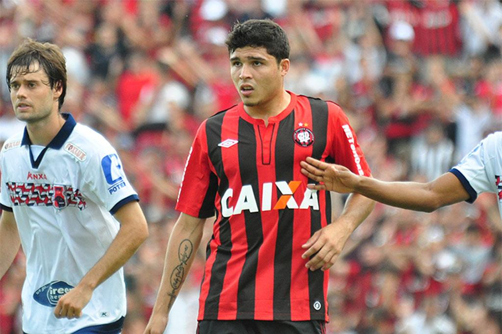 Antiga promessa do Juventude, Zezinho desbanca Paulo Baier ...