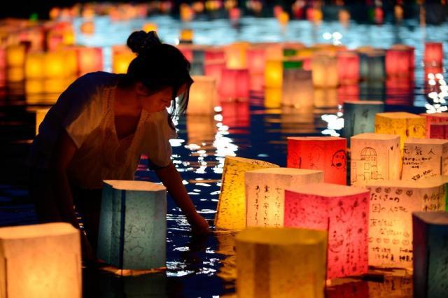 Nos 68 anos da bomba de Hiroshima, Japão luta contra novo vazamento radioativo Toru Yamanaka/AFP