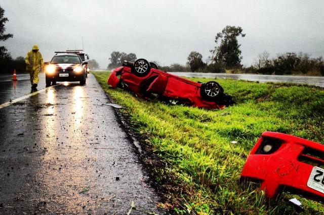 Mulher morre em acidente na freeway, em Santo Antônio da Patrulha Felipe Daroit/Agencia RBS