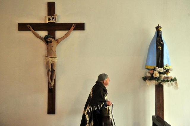 Igreja de um bispo só: a história do homem que criou uma igreja e agora luta para que ela se perpetue Tadeu Vilani/Agencia RBS