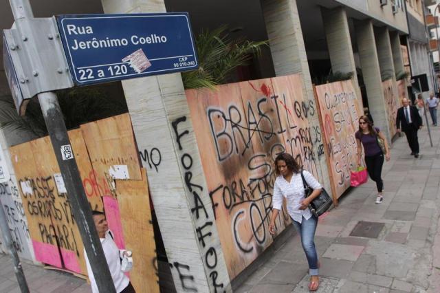 Vizinhos do prefeito sofrem com ataques a prédio em Porto Alegre Guilherme Santos/Especial/Agencia RBS
