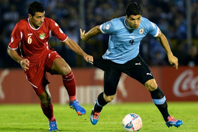 Conmebol pune a federação uruguaia, mas não tira país na Copa PABLO PORCIUNCULA / AFP/